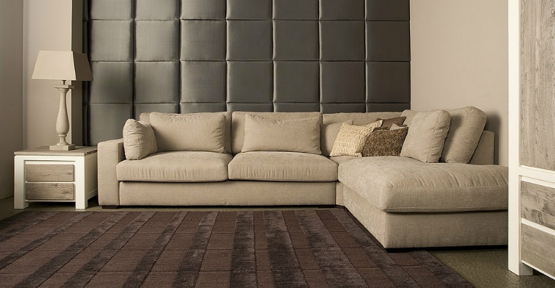 romantisches loungesofa im landhaus design sofas sessel st hle bei m belhaus d sseldorf. Black Bedroom Furniture Sets. Home Design Ideas